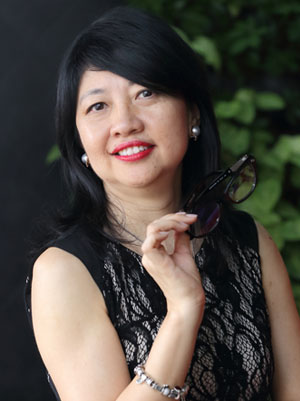 Careen Low, Singapore Optician, MD FIrst Eyewear Centre